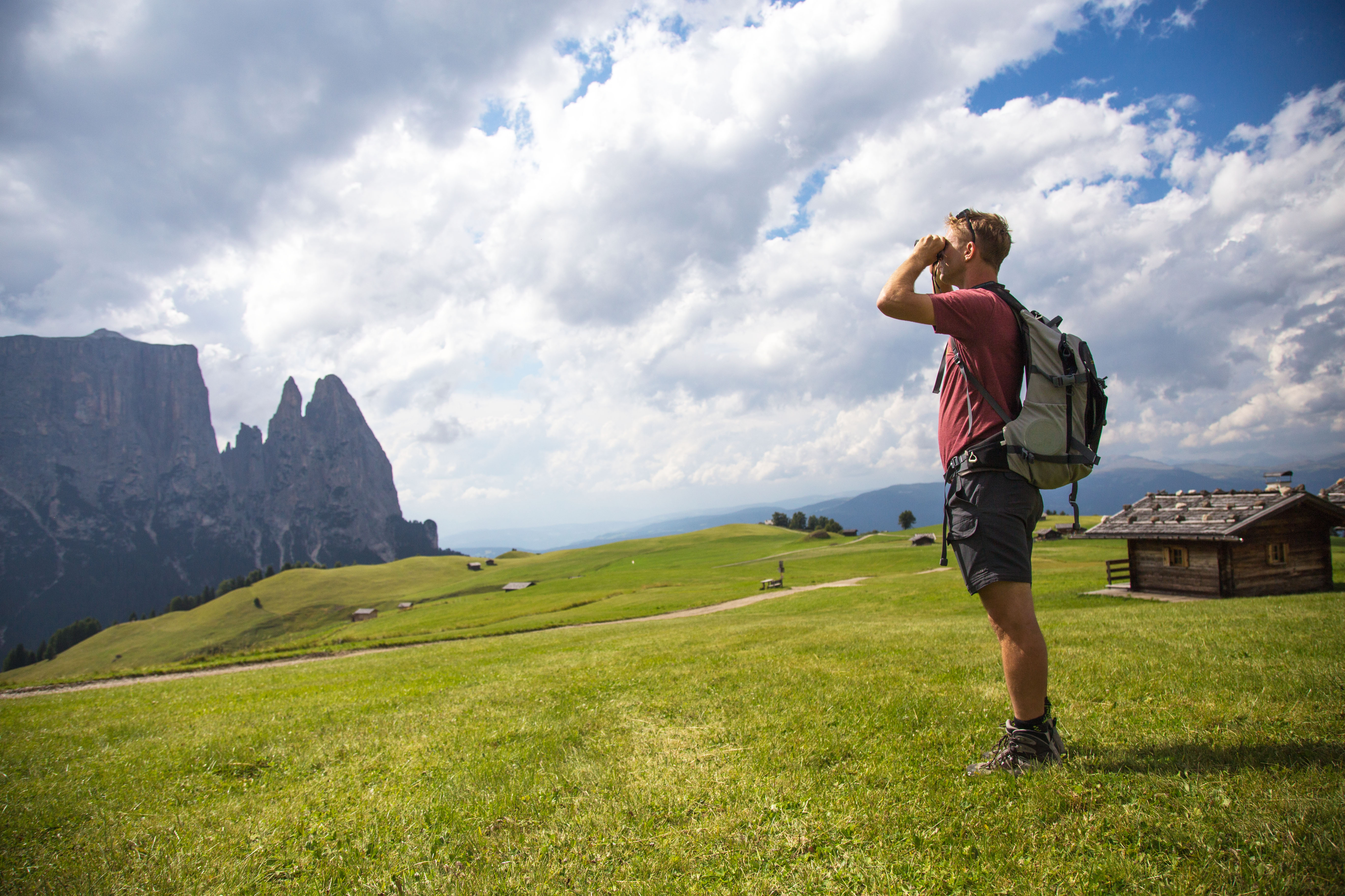 """""""Slow tourism"""" : is born the """"Atlas of the Italian Paths"""" discover it!"""