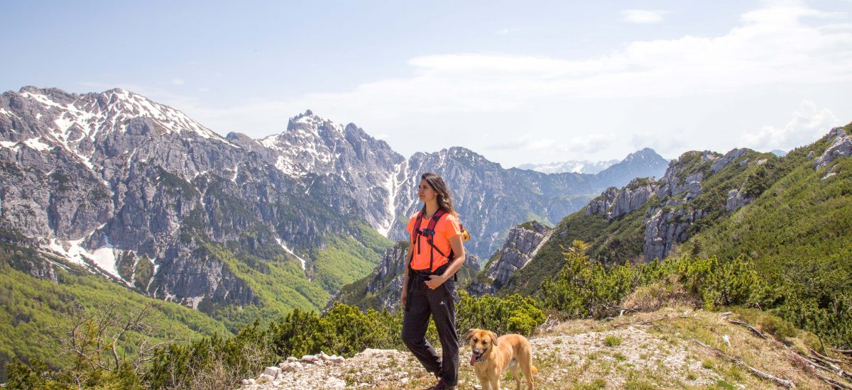 """Trekking in Val Alba to the hut """"cjasut dal Scior"""" 